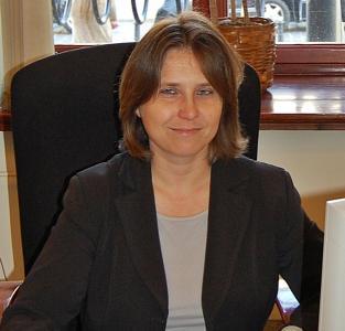 agent Dorota Warsewicz
